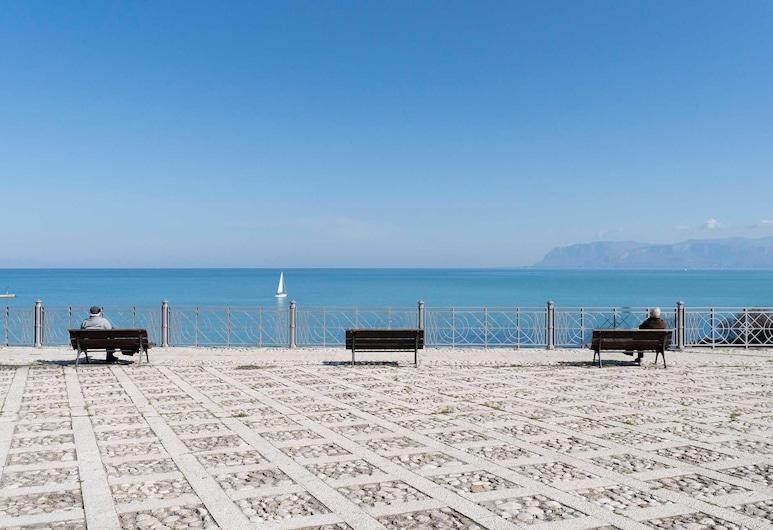 Hotel La Piazzetta, Castellammare del Golfo, Plage