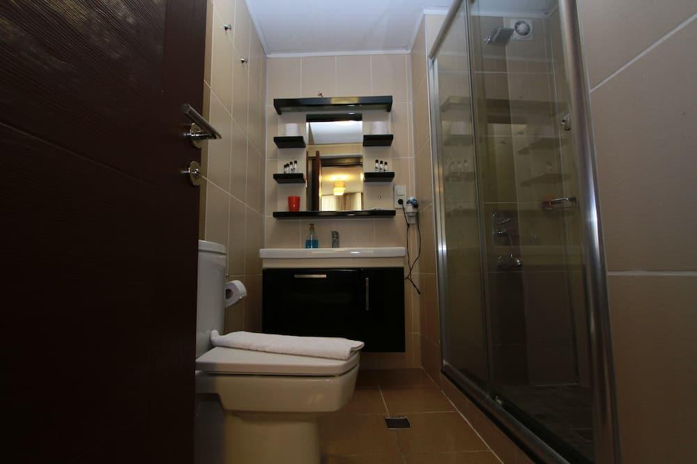Standartinio tipo dvivietis kambarys - Vonios kambarys