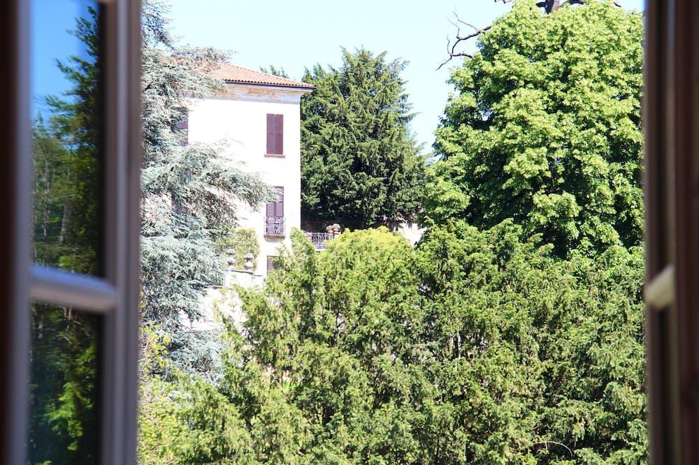 Standard-Doppelzimmer - Blick auf den Innenhof