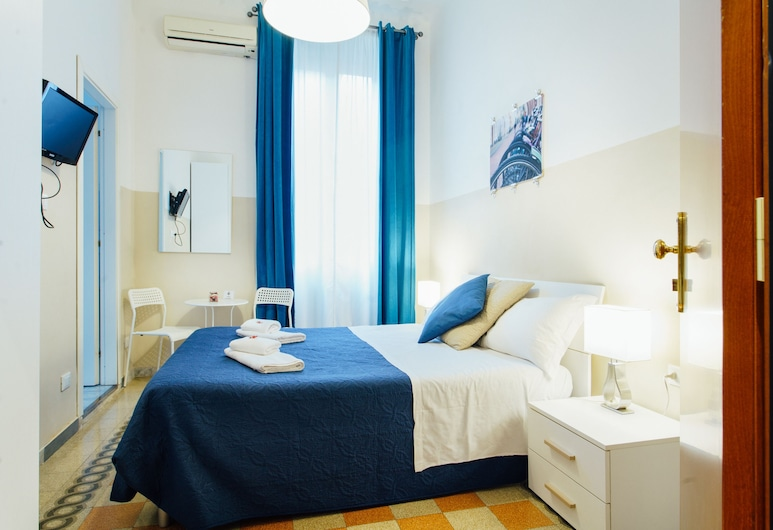 Guesthouse Sleeping Beauty, Rome, Double Room, Ensuite, Guest Room
