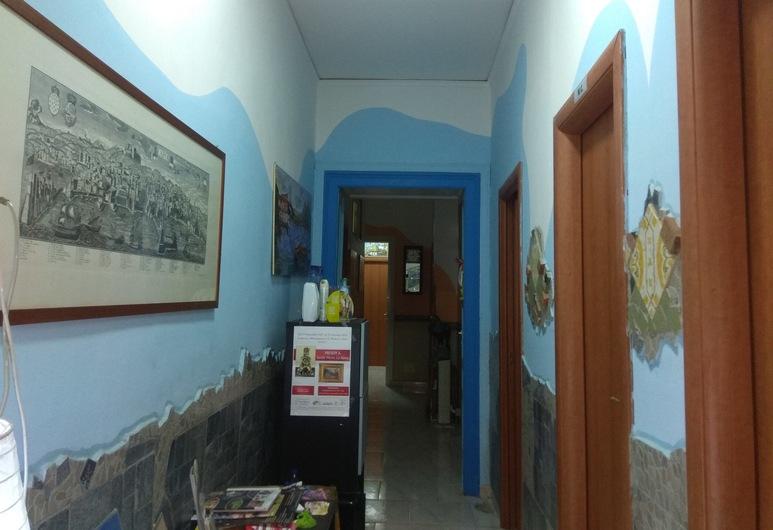 Astra, Neiplsas, Dvivietis kambarys, atskiras vonios kambarys (External), Svetainės zona