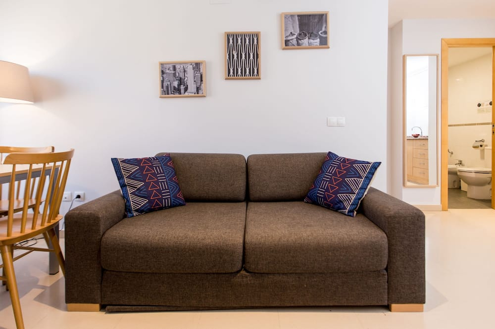Two Bedroom Apartment for 4 people - Nappali