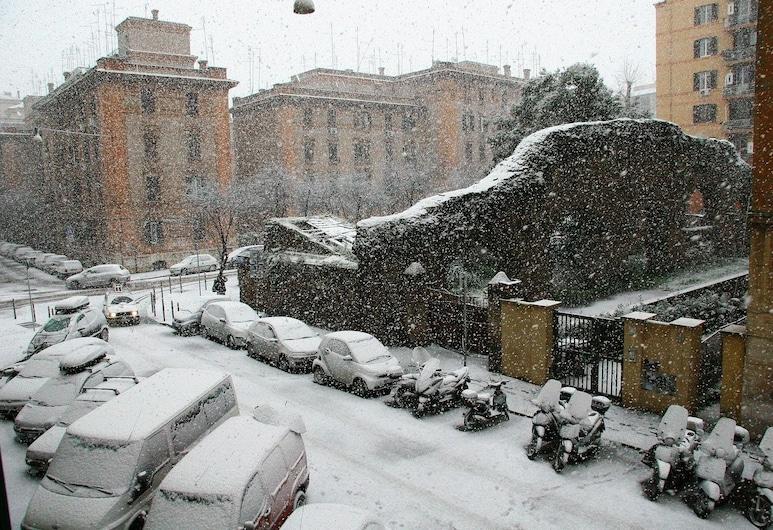 A Testaccio da Max, Rome, Property Grounds