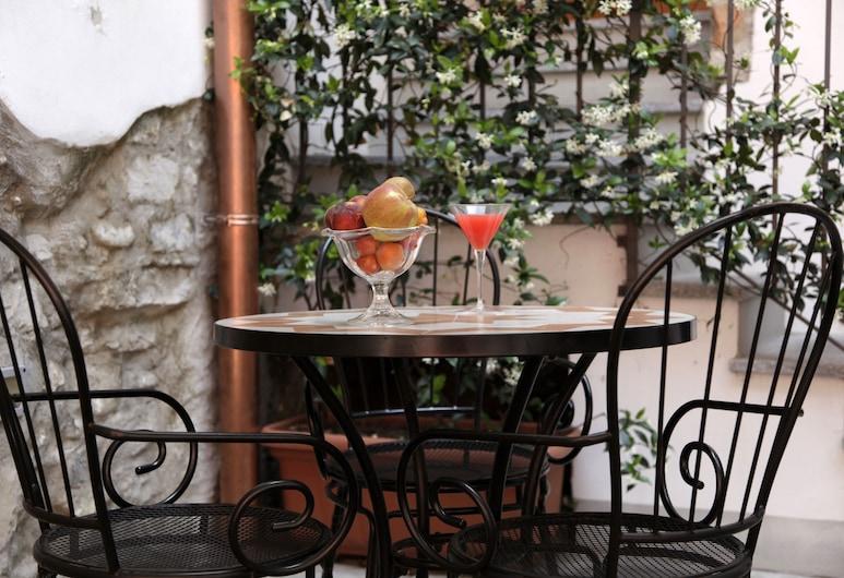 Hotel Borgovico, Como, Outdoor Dining