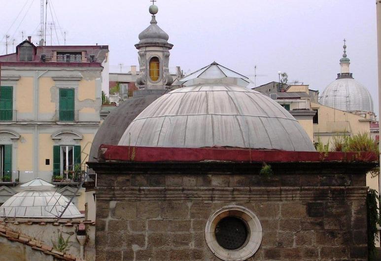 In...Kiostro, Neapol, Apartment for 2 people, Widok zpokoju