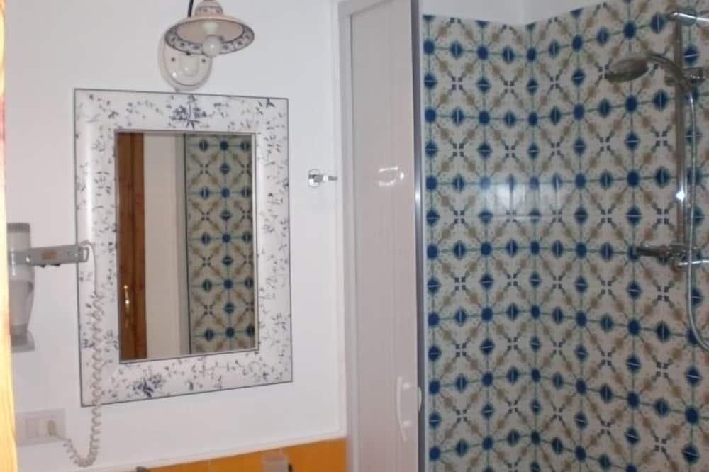 Apartment - Bathroom Shower