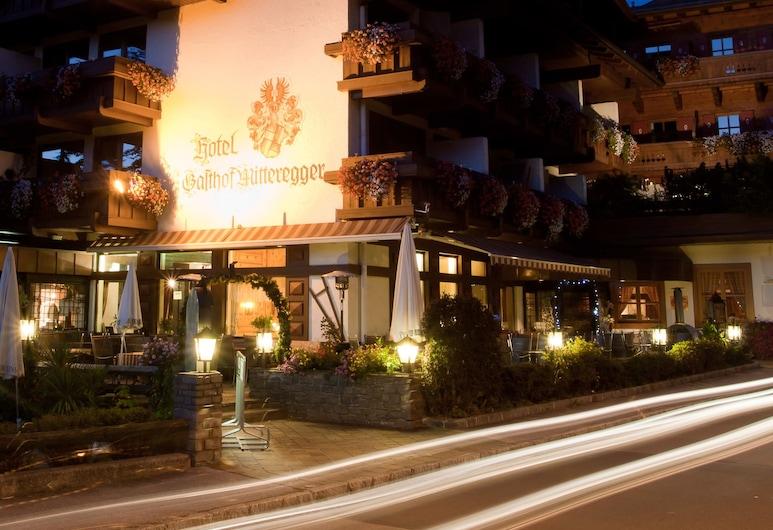 Hotel Gasthof Mitteregger, Kaprun, Facciata hotel (sera/notte)