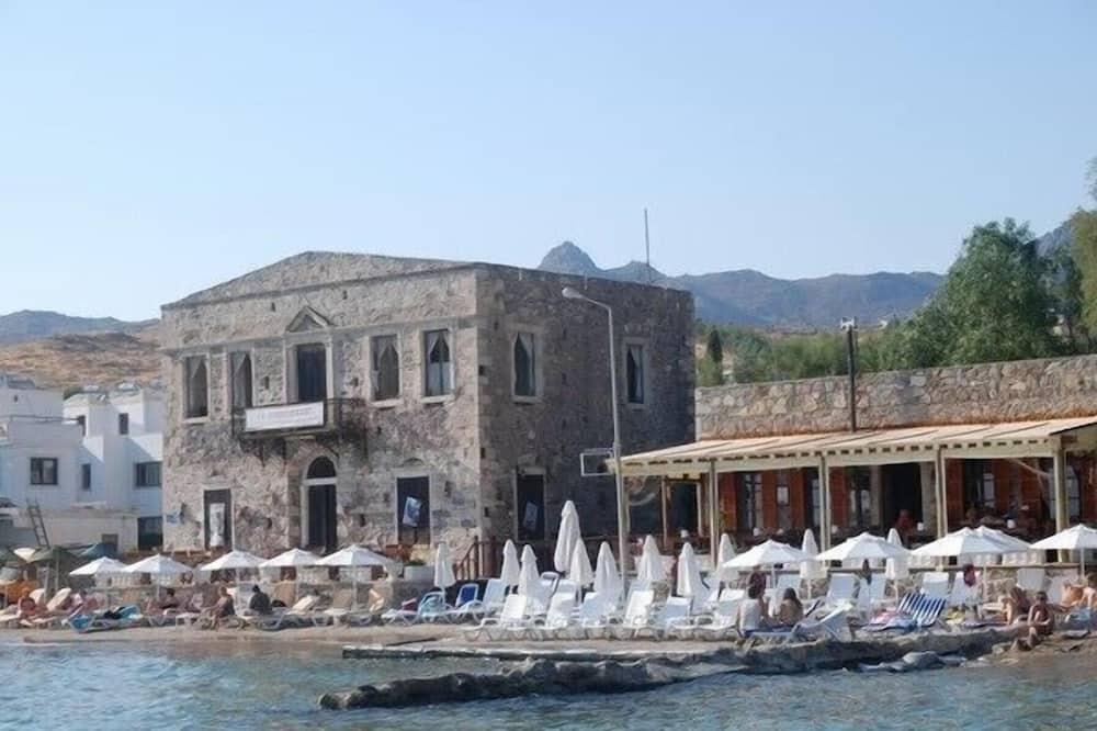 Castelino Akyarlar Butik Otel
