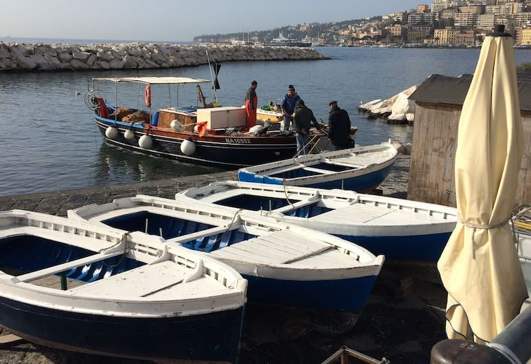 Casa Miranapoli, Naples, Boating