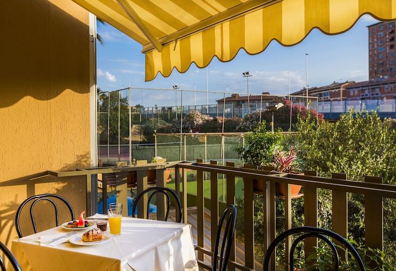 Hotel Residence Ulivi e Palme, Cagliari, Garten