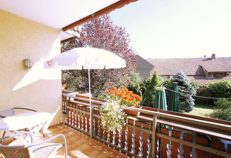 Ringhotel Pflug, Oberkirch, Pokój dwuosobowy, balkon, Z widokiem na ogród