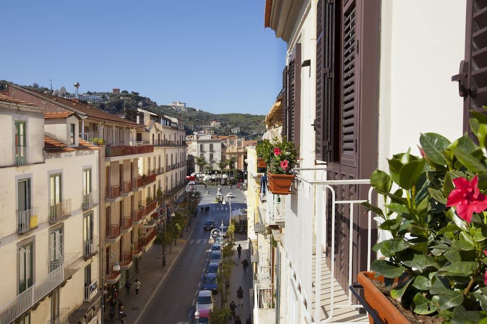 Doppia Superior, Edificio separato (Corso Italia 176) - Vista a la ciudad
