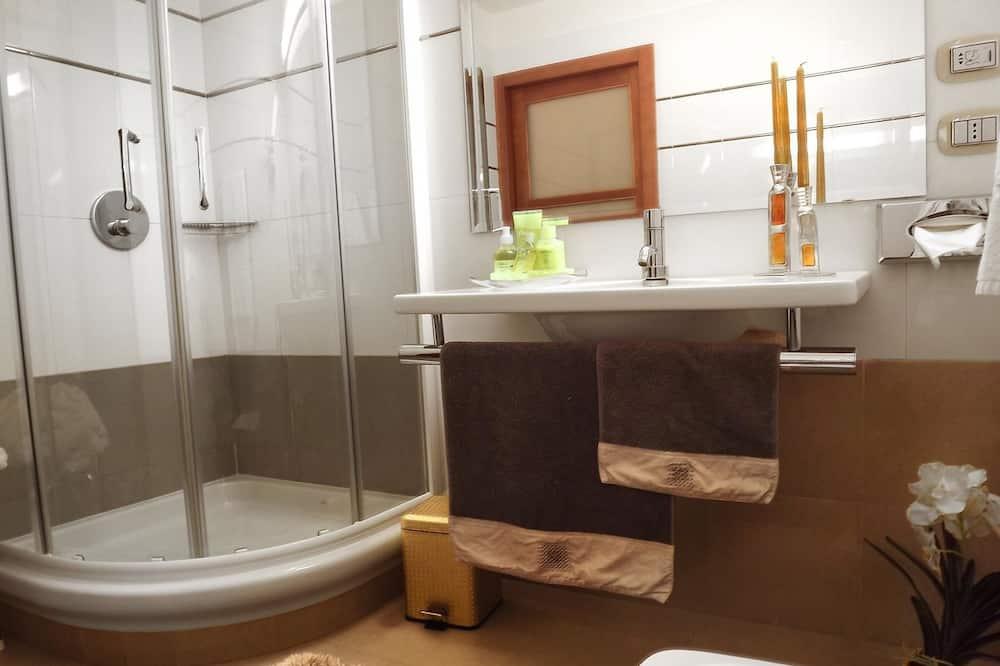 Superior Double Room Single Use, Garden View - Bathroom