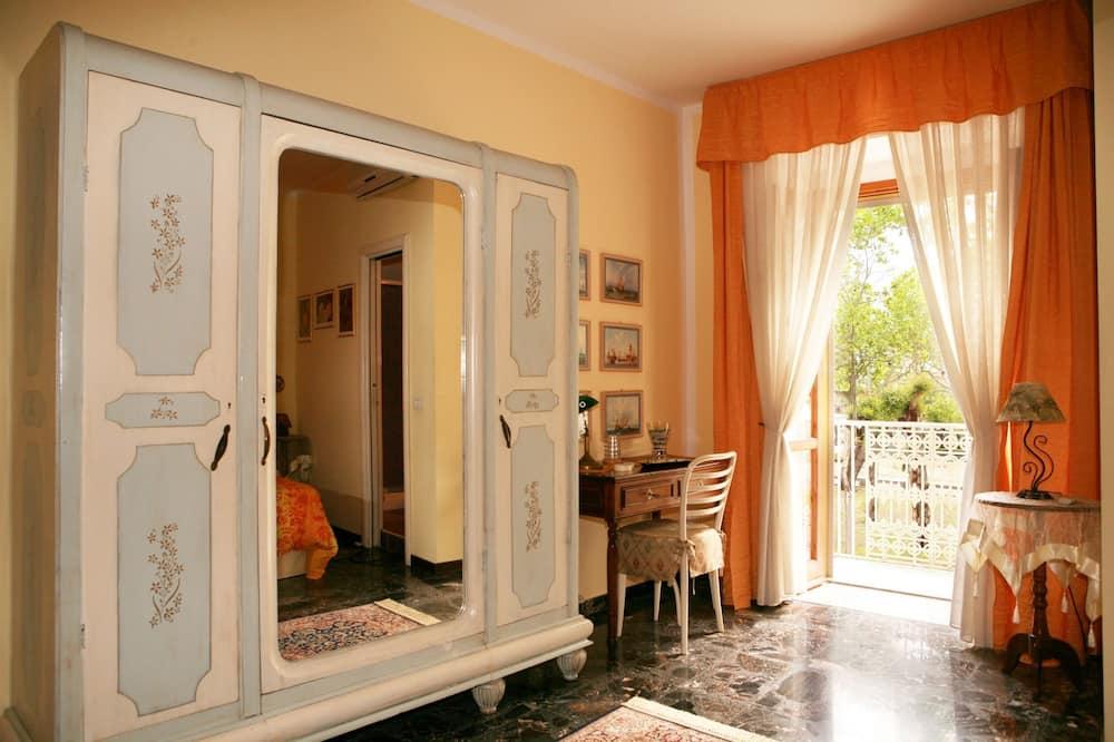 Ateliérové apartmá typu Basic, 1 ložnice, soukromá koupelna (external) - Obývací prostor