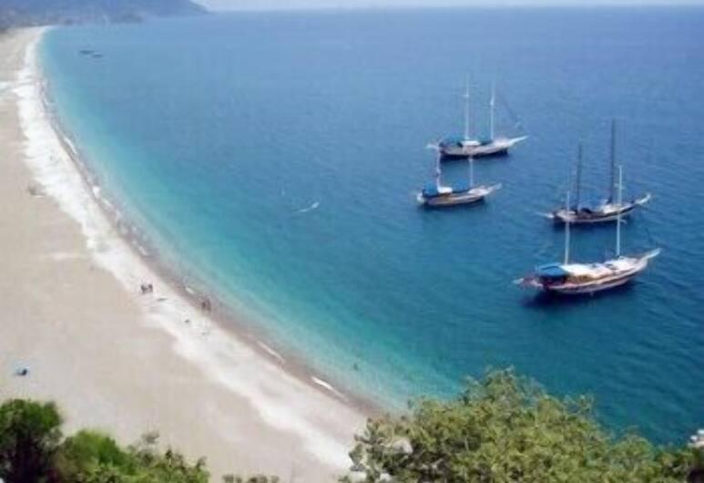 Bayrams Tree Houses, Kumluca, Uitzicht op strand/zee