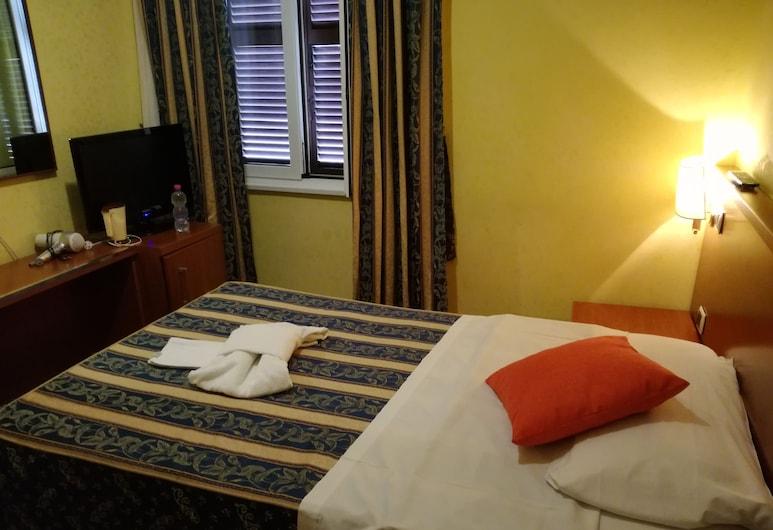 GuestLa Casa dell'Arte, Rome, Single Room, Living Room