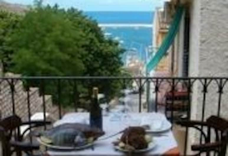 Locanda Scirocco, Castellammare del Golfo, Restaurante al aire libre