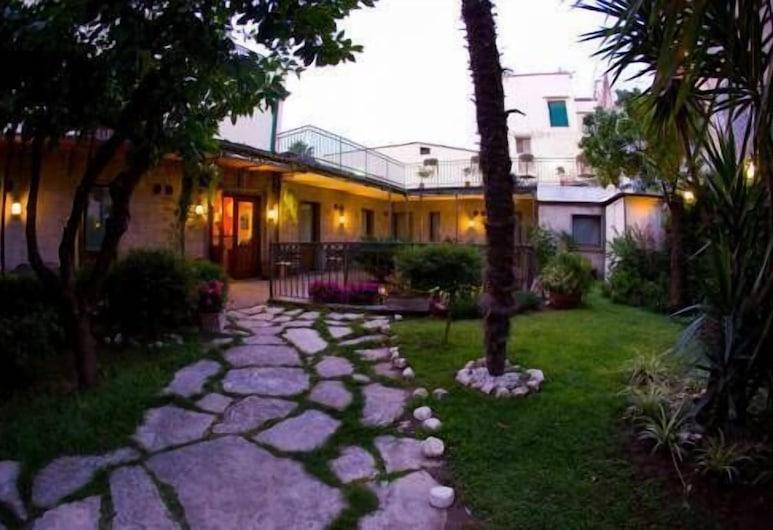 Albergo Pace, Pompeia, Entrada do hotel