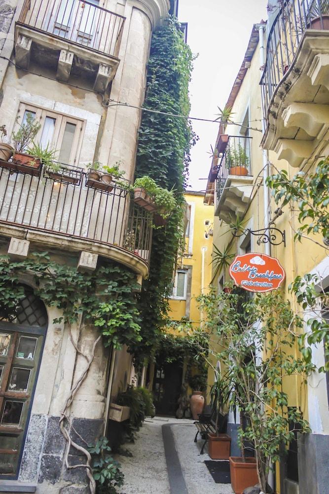 B&B Globetrotter Catania, Catania