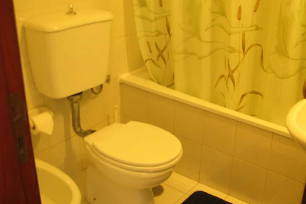 Сімейний номер (for 6 people) - Ванна кімната