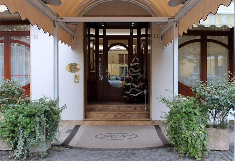 La Noce, Ківассо, Вхід до готелю