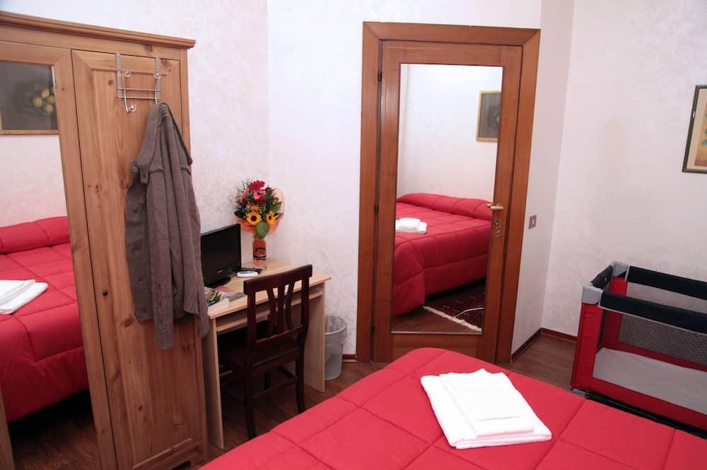 Phòng đôi, Phòng tắm dùng chung - Khu phòng khách