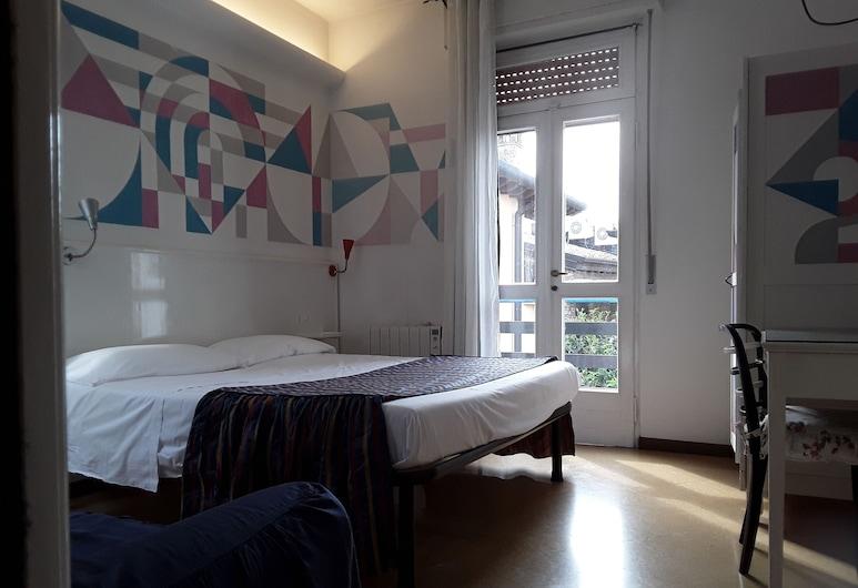 Meublè Adriana Guest House, Sirmione, Tripla Standard, balcone, Camera