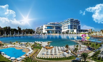 Picture of İlica Hotel Spa & Wellness Thermal Resort in Cesme