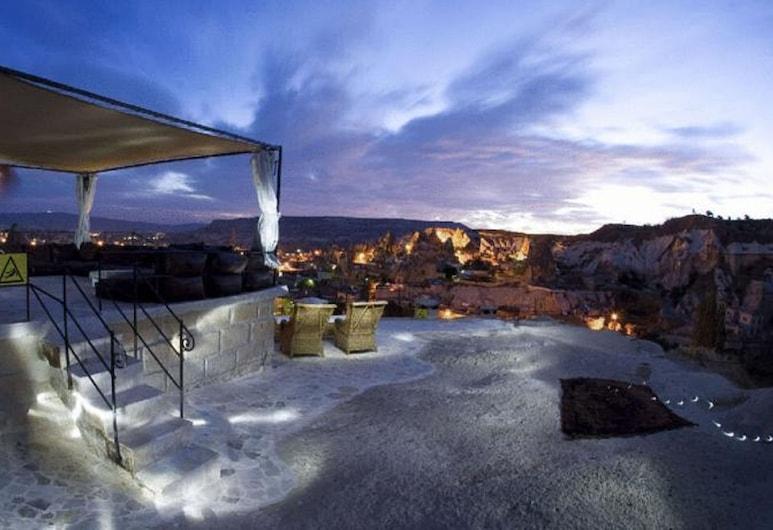 Traveller's Cave Hotel, Nevsehir, Terrace/Patio