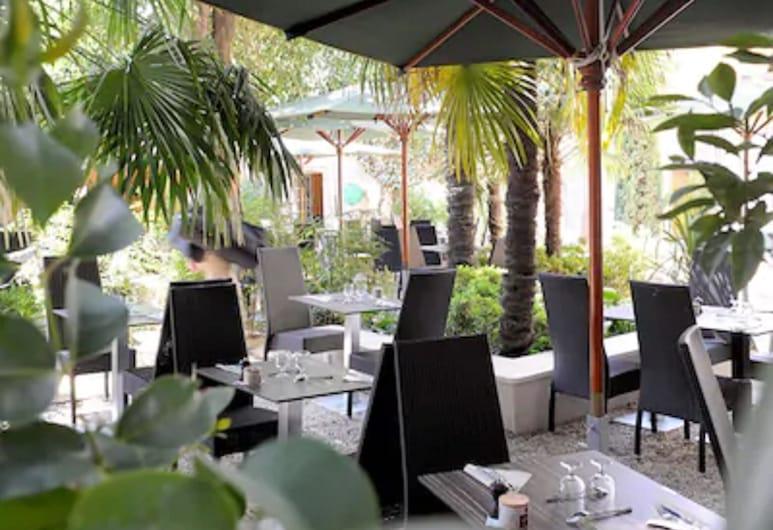 Hotel Spa Le Calendal, Arles, Trädgård