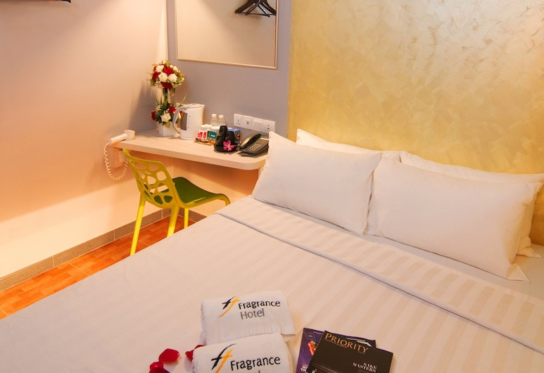 Fragrance Hotel - Rose, Singapore, Standard Double Room, Guest Room