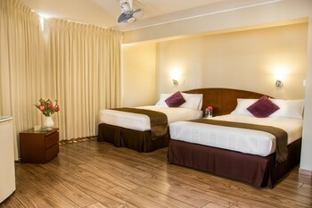 Picture of Hotel Park Suites in Lima
