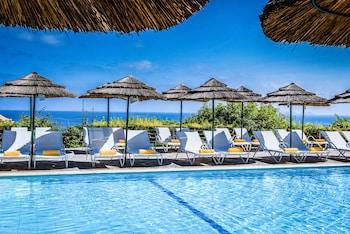Malevizi bölgesindeki Blue Bay Resort Hotel resmi