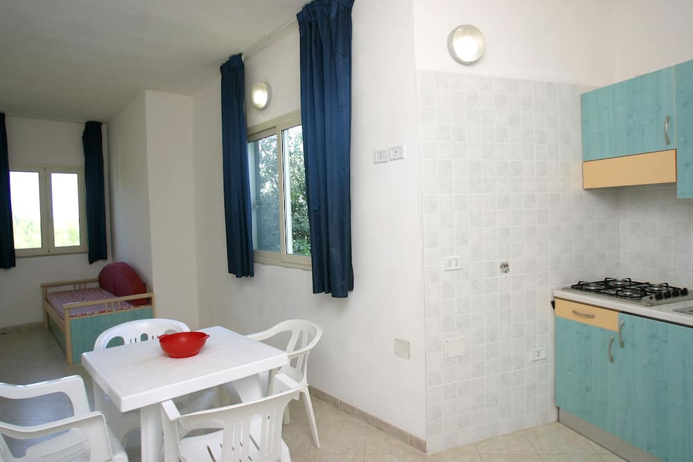 Apartment, 2 Bedrooms (4 people + 1) - In-Room Dining