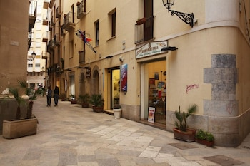 Enter your dates for special Trapani last minute prices