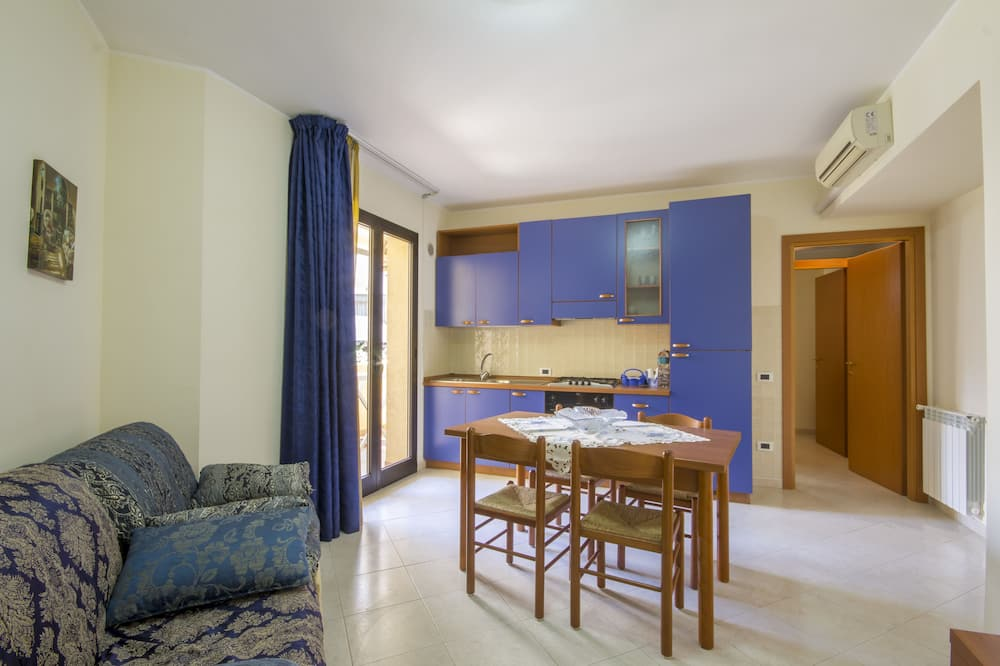 Apartment, Kitchen (2 people) - Living Room