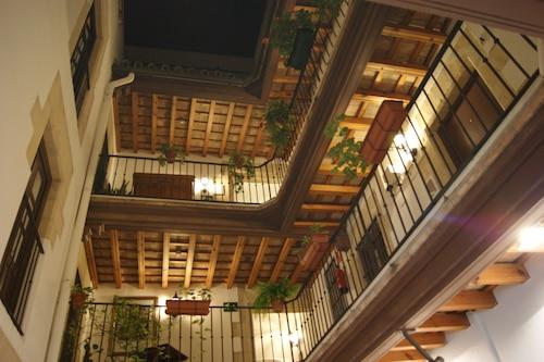 狮子宫旅馆/