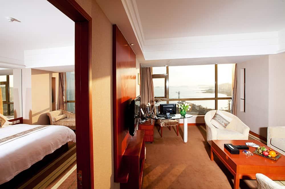 Suite, Beachfront - Bathroom