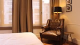 Reserve this hotel in Antwerp, Belgium