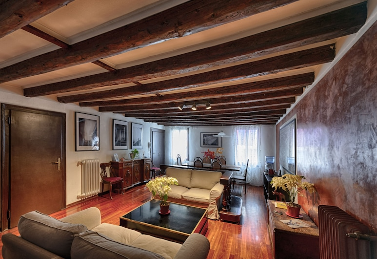 Bed and Breakfast San Giacomo Venezia, Venice, Living Area