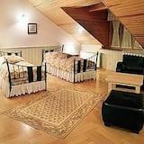 Apartment (Retro) - Room