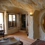 Phòng Suite Tiêu chuẩn, Nhiều giường, Hiên, Quang cảnh thung lũng - Phòng khách