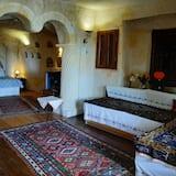 Phòng Suite trăng mật, 1 giường cỡ queen, Hiên, Quang cảnh thung lũng - Phòng khách