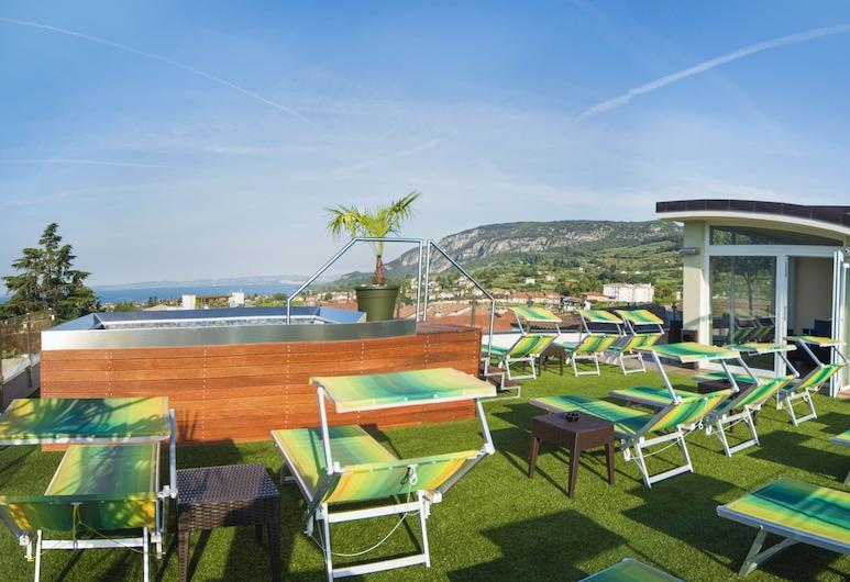 โรงแรมเอเดน การ์ดา, Garda