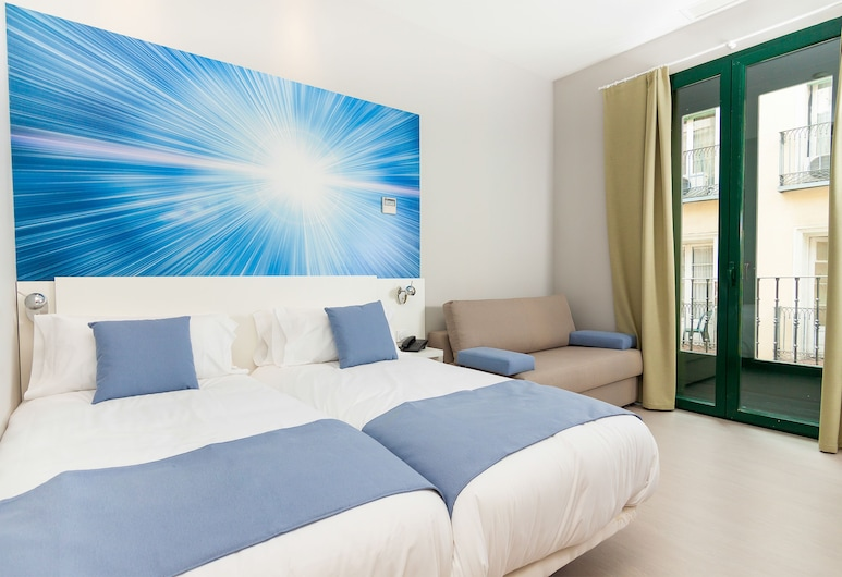 Apartamentos Blume Cruz by Aspasios, Madrid, Familienapartment, 2Schlafzimmer (for 6 people), Zimmer