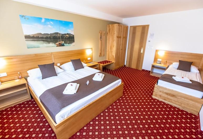 Hotel Bau, Maribor, Trokrevetna soba, Soba za goste