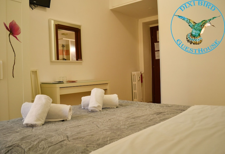 Dixi Bird GuestHouse, Rome, Standard Double or Twin Room, Guest Room