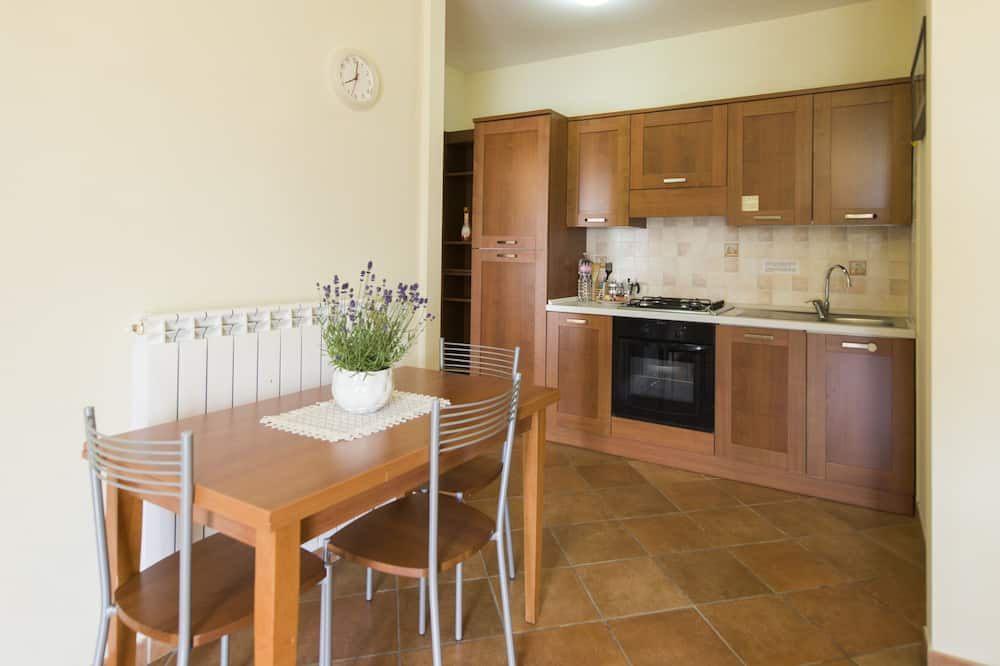 Apartment, 1 Bedroom (2 people) - In-Room Dining