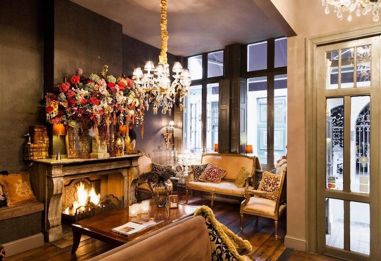Hotel Diamonds and Pearls, Antwerpen, Lobby