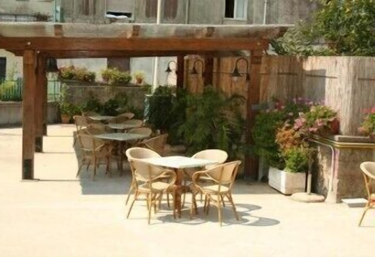 Hotel Reginella, Massa Lubrense, Terrace/Patio